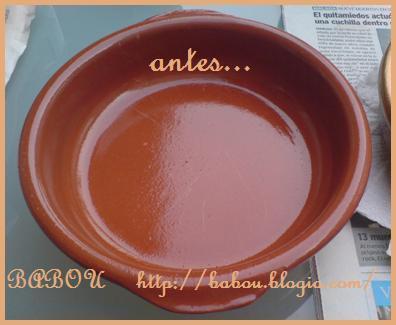 Decoracion de un plato de barro